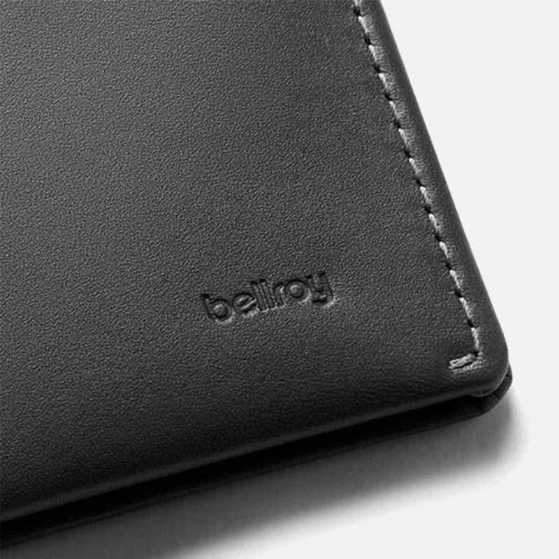 Bellroy Note Sleeve Charcoal Artic Blue detail