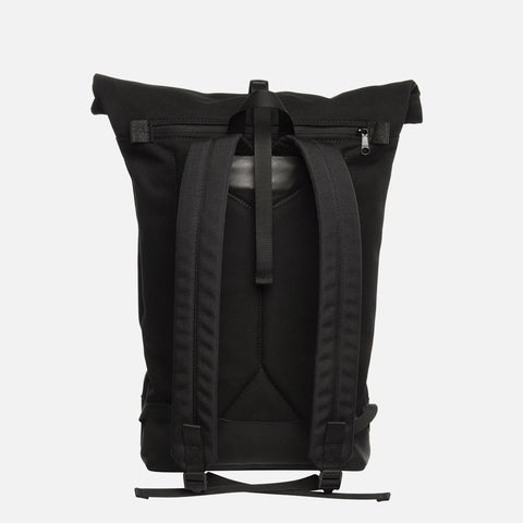 Braasi industry Noir backpack front view
