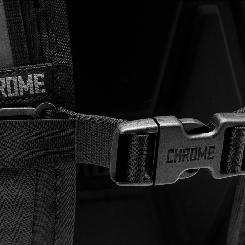 Chrome Industries Hondo Backpack All Black focus on buckle