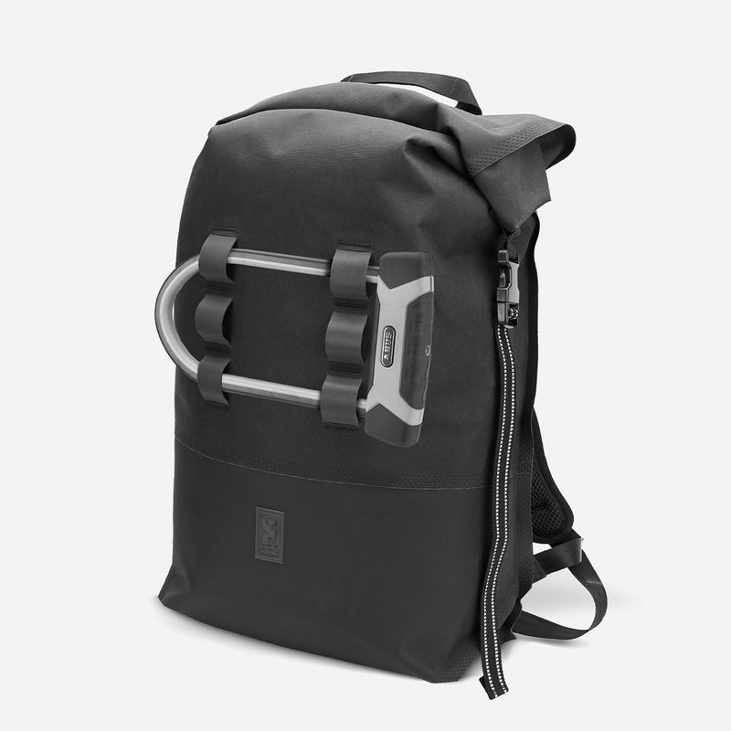 Chrome Industries Urban Ex 2.0 Rolltop 30L u lock view