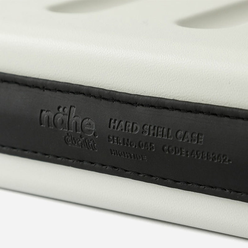Hightide Nahe Hard-Shell Case L Black rubber part view