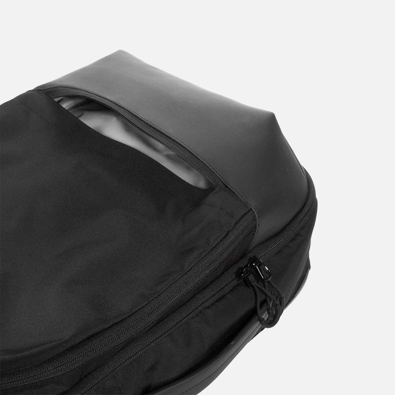 OPPOSETHIS Invisible Carry-on backpack bottom pocket