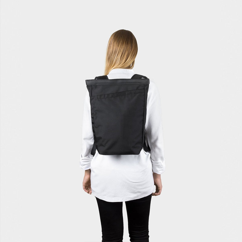 OPPOSETHIS Invisible backpack Mini on the back