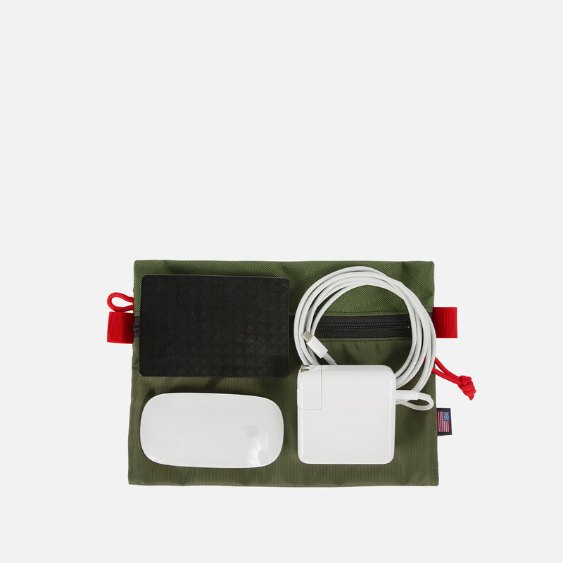 Topo Designs Accessory Bag M Olive accessories view
