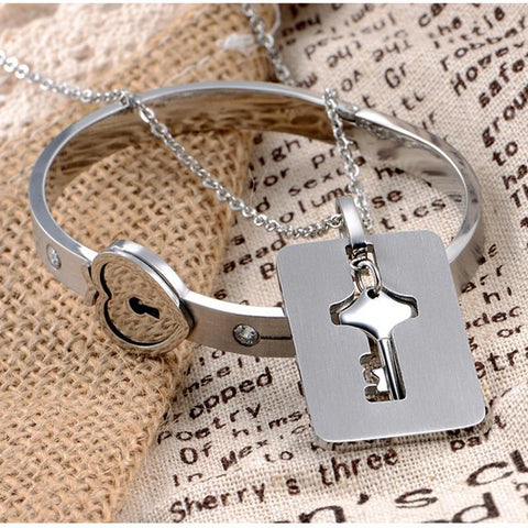 Image of HEART LOCK BRACELET & KEY NECKLACE