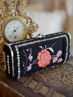 Black and Red Minaudiere