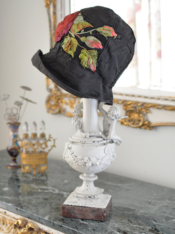 Red Rose Applique Cloche Hat
