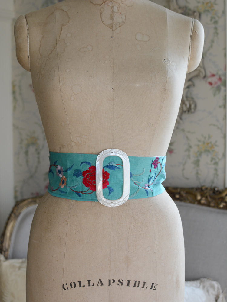 Mother of Pearl with Turquoise Mucha Belt