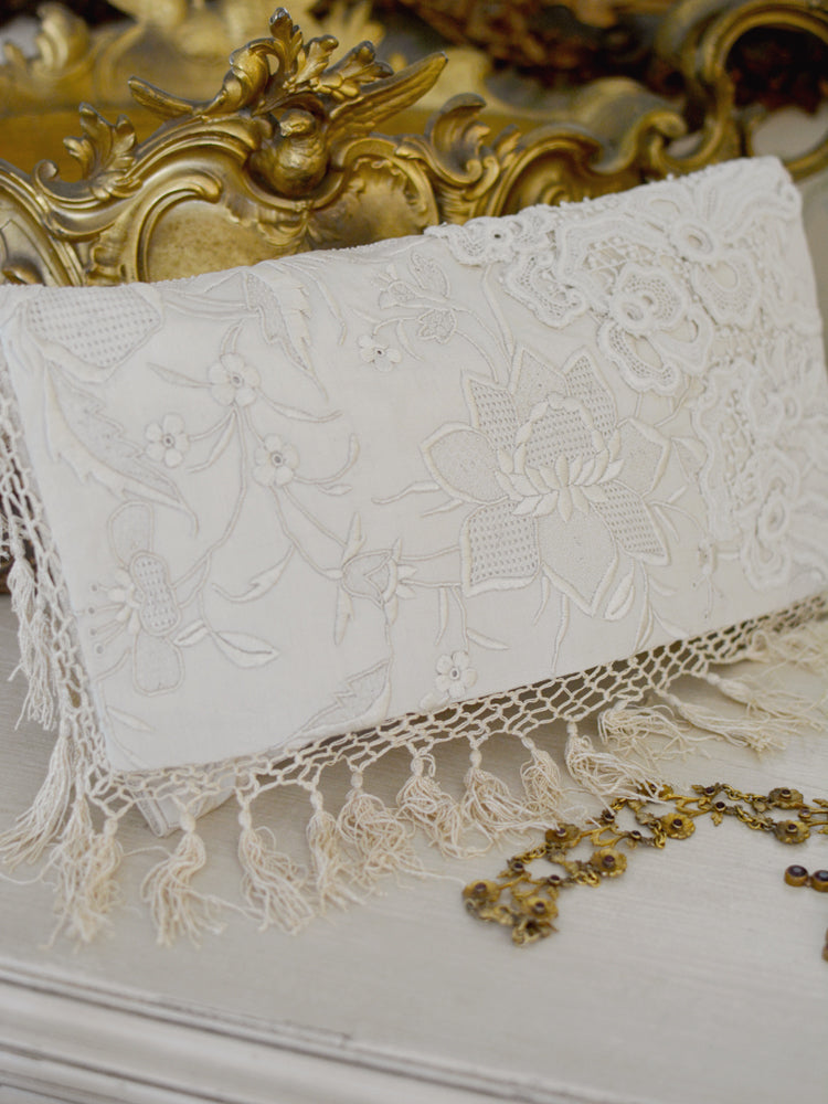 Cream Lace Clutch