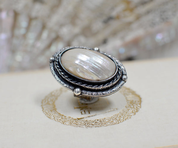 Antique Victorian Mother-of-Pearl Ring