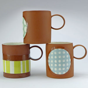 Large mug pale blue spots
