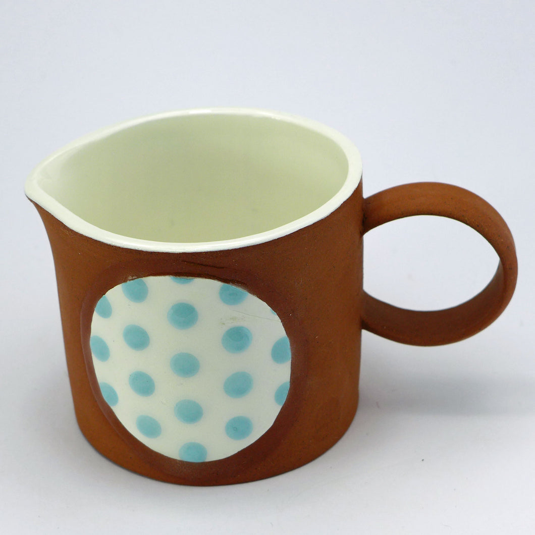 Small jug circle of pale blue spots