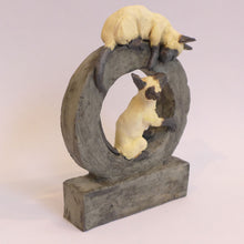Load image into Gallery viewer, Ceramic cats on a hoop