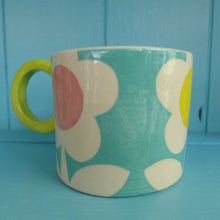 Load image into Gallery viewer, Turquoise flower mug