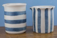 Load image into Gallery viewer, Blue and white medium jug horizontal stripe