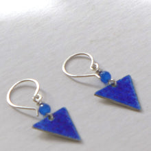 Load image into Gallery viewer, Blue enamelled triangle earrings NP215
