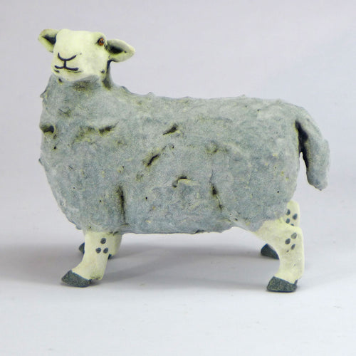 Doris (standing sheep)