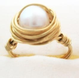 Wire wrapped ring - white pearl with golden copper