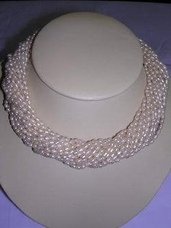 16-strand nature fresh water pearl necklace