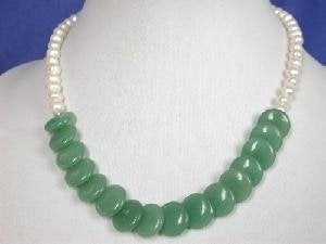 "Beautiful! 16"" white freshwater pearl 14mm jade necklace"