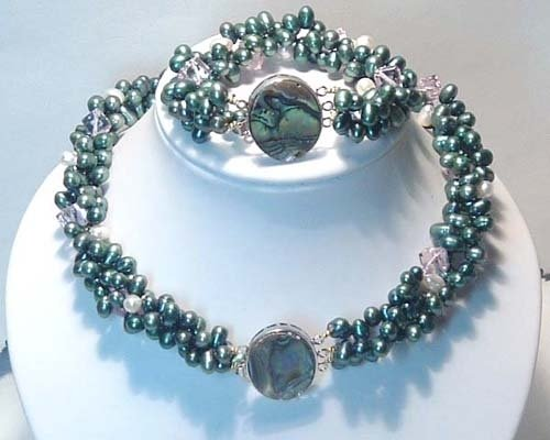 Junoesque 3rows6-7mm freshwater necklace and bracelet