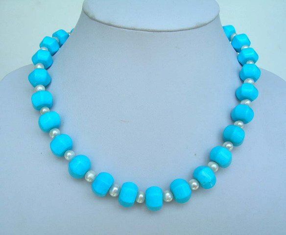 Turquoise & pearl necklace with heart clasp