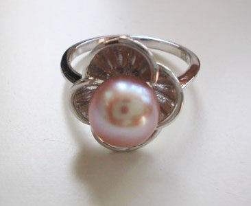 Pearl ring on silver holder - PR1086
