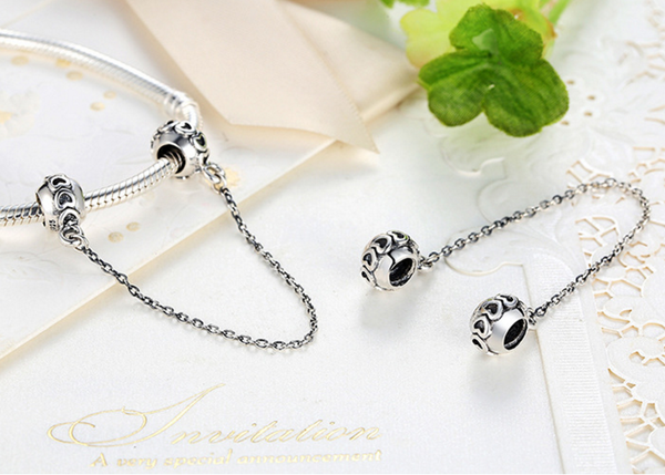Sterling 925 silver zirconia bead fits Pandora Chram and Eurpean bracelet with short safe chain