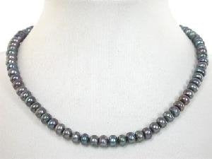 "Beautiful! 15.5"" black round cultured freshwater pearl necklace"