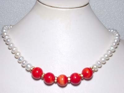 ELEGANT FRESHWATER PEARLS &CORAL BEADS NECKLACE