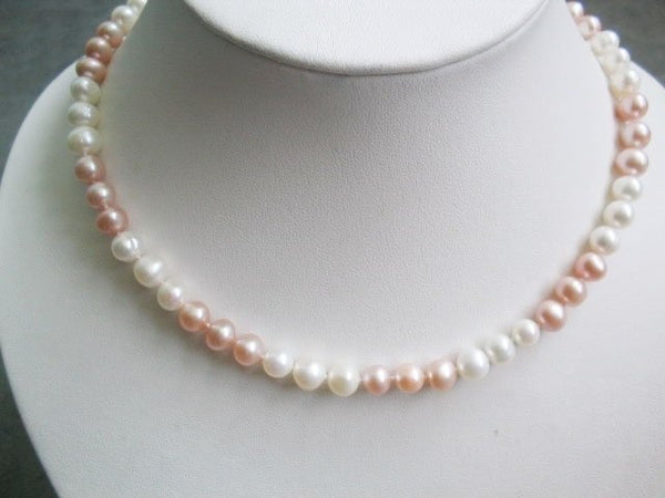 17'' white and pink freshwater pearl necklace