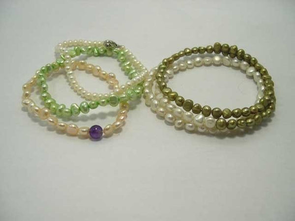 Wholesale 4-pcs multi-color cultured pearl bracelets