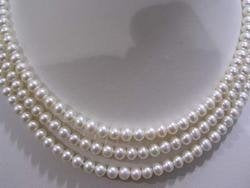 3-strand 8-9mm Nice Fresh Water pearl Necklace