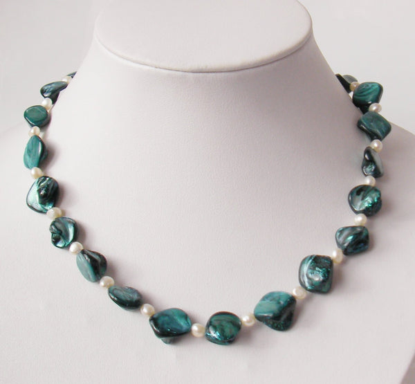 17.5'' blue shell bead and white pearl necklace