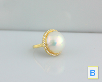 Elegant 15 mm Huge Mabe Pearl  18K Solid Gold