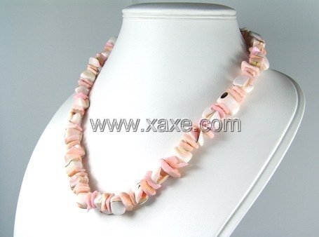 Lovely shell necklace c