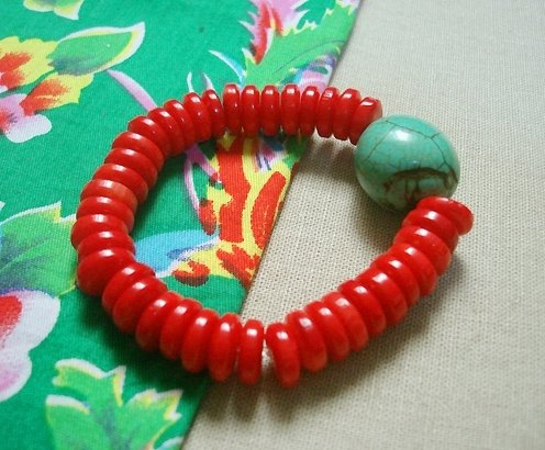 Coral bracelet with turquoise bead