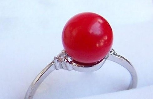 Red 10mm coral bead ring - size 6-9