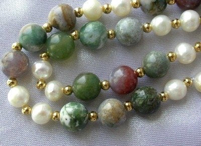 "17"" multicolor jade & white pearl necklace"
