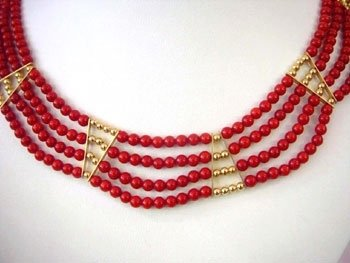 4 strands coral bead & gild bead necklace