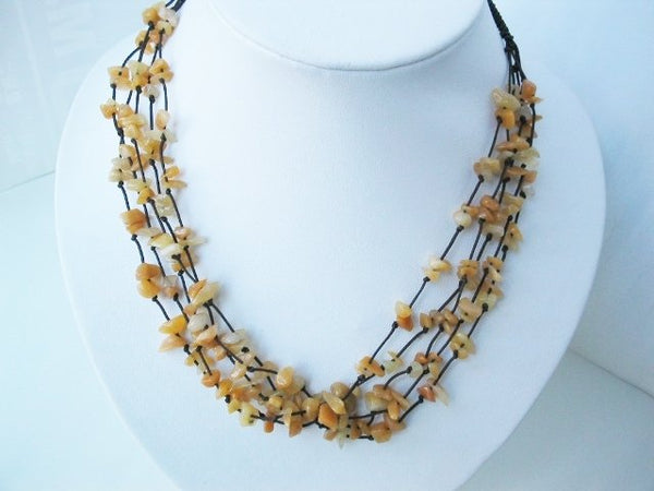 17.5'' yellow jade chips multistrands necklace