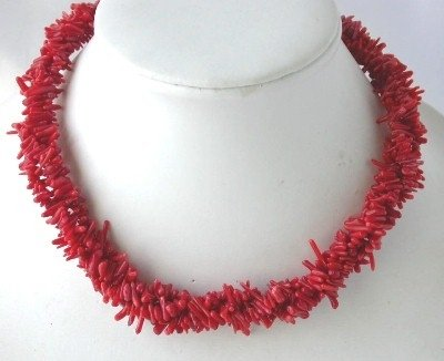 Charming! 16'' 3-rows red branch coral necklace
