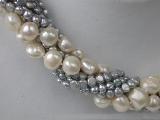 "33"" 9.5-10.5mm white FW pearl necklace"