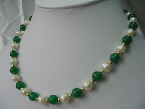 "graceful 17.5"" Malaysia jade pearl necklace"