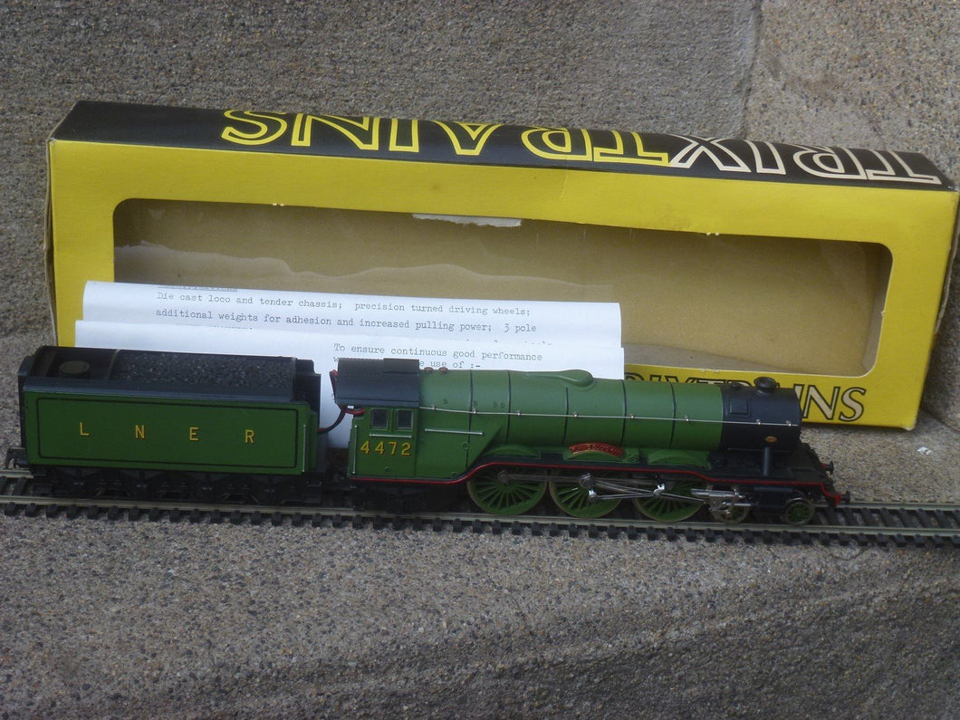 TRIX - TRAINS 1180 Locomotive  LNER 4472
