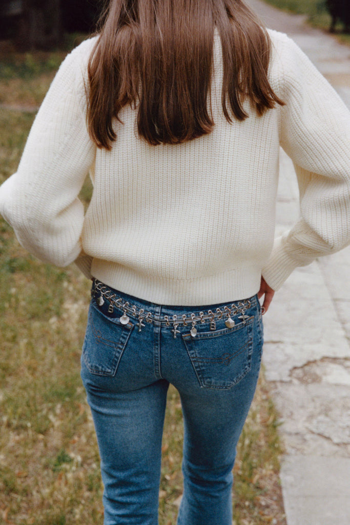 CAES - 0008 airy merino wool sweater flared sleeves - shoot