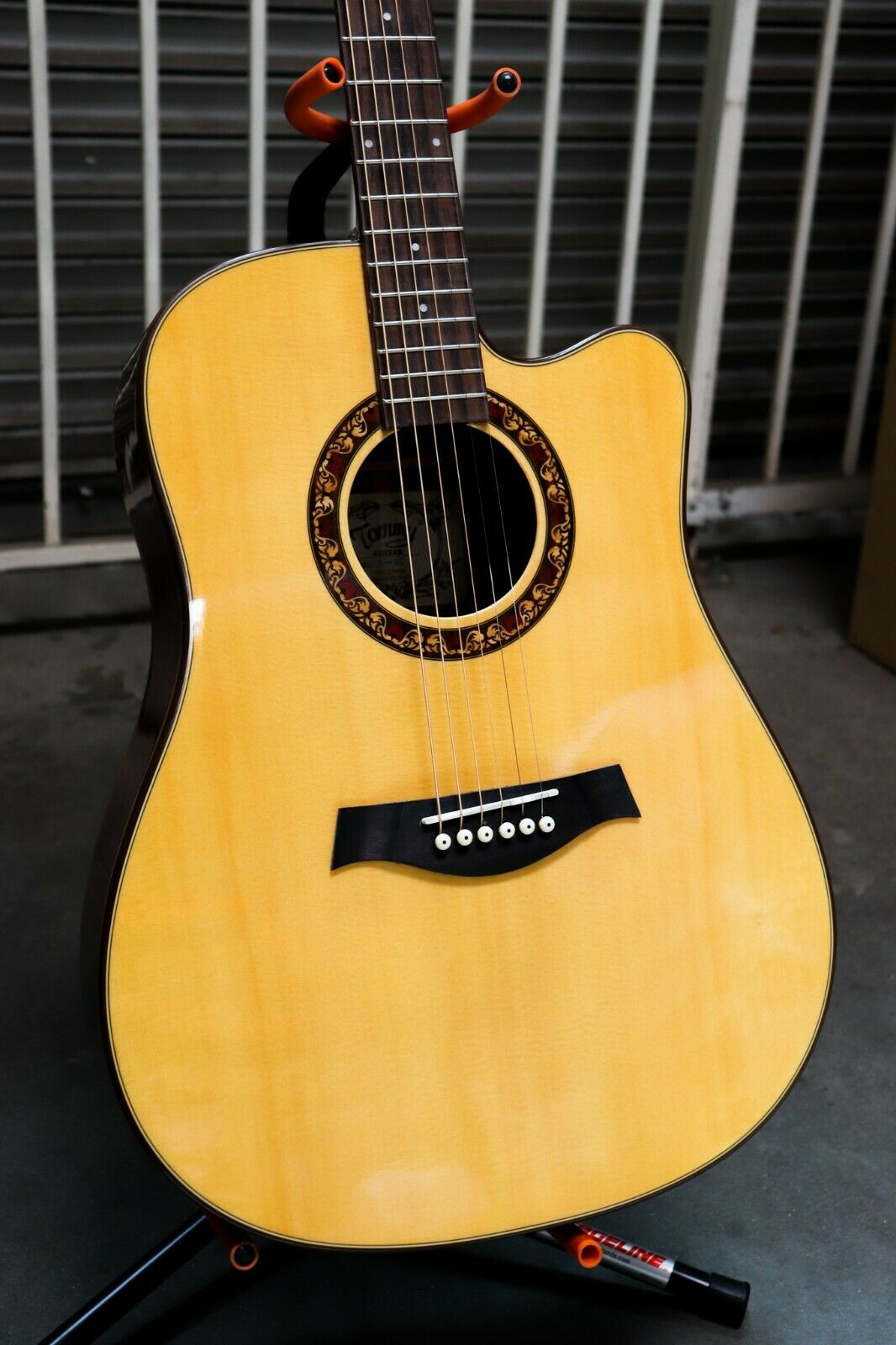 "41"" Beginner Dreadnought Acoustic Guitar With Laminated Spruce Top Model No D-5C"