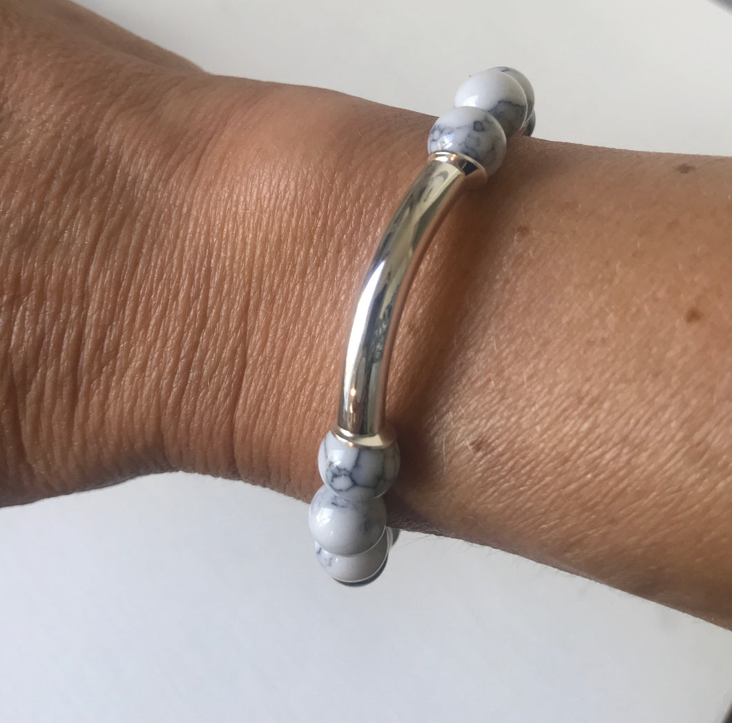 silver and grey pearl bracelet handmade in ireland by alison walsh