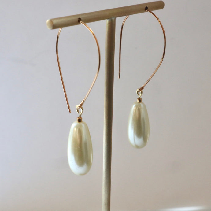 cream ivory handmade pearl earrings