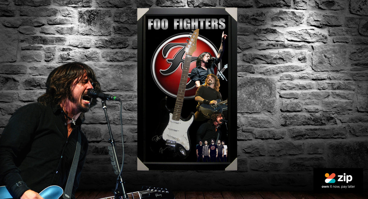 FOO FIGHTERS FULL BAND SIGNED & FRAMED ELECTRIC GUITAR